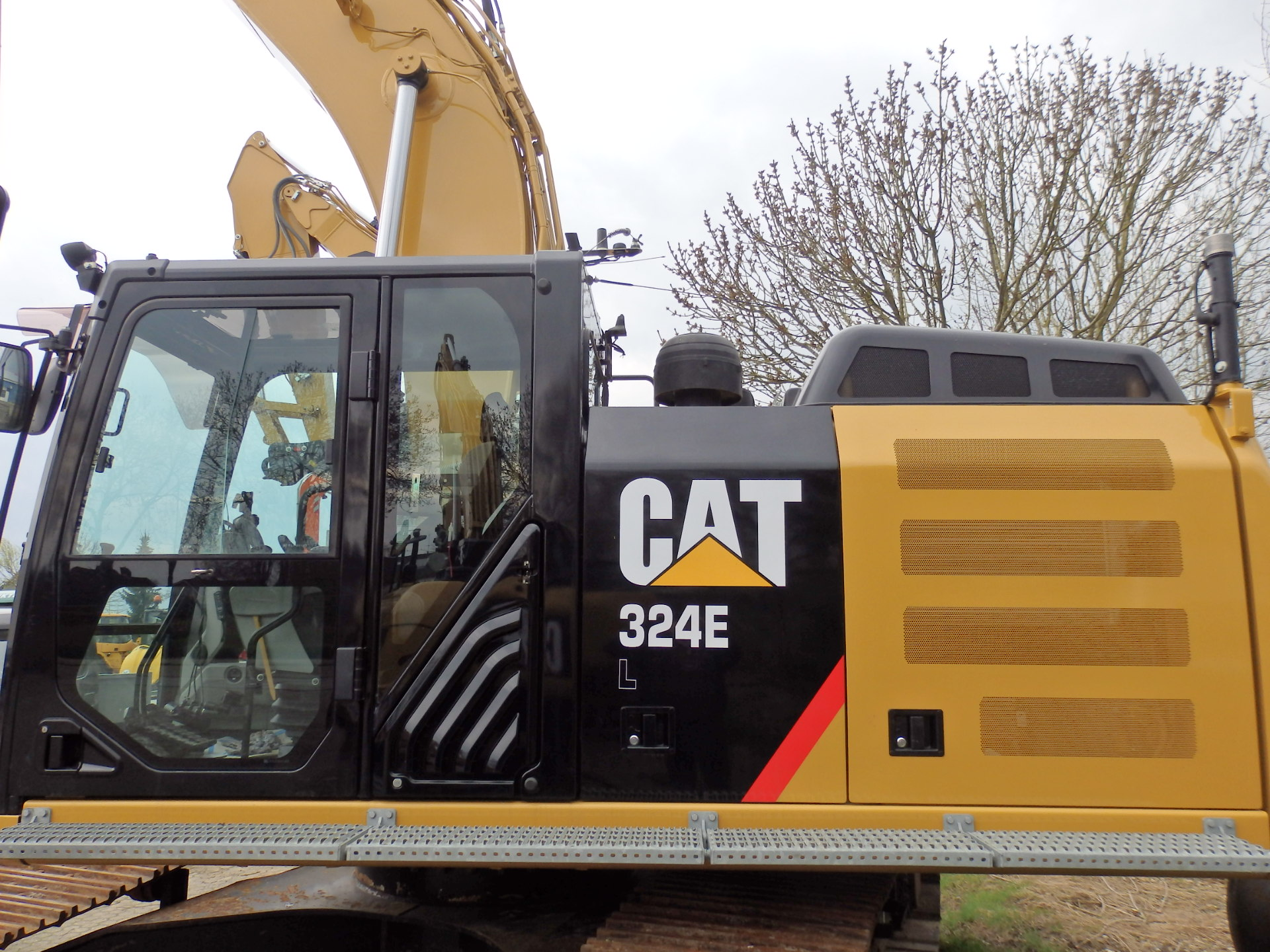 Caterpillar 324EL – Sold
